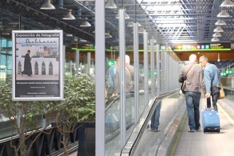 معرض صور بمطار مدريد يحتفي بمدينة شفشاون