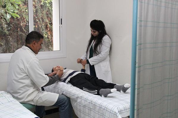 المركز الجهوي للطب الحركي والترويض بتطوان … من الترويض إلى صناعة الأطراف