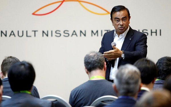 """السلطات اليابانية توجه تهمة جديدة لمدير شركة """"رونو"""" كارلوس غصن"""