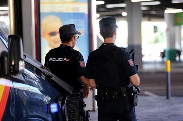 """إسبانيا تلاحق مافيا تسرق السيارات وتحولها إلى """"طاكسيات"""" بالمغرب"""