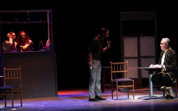 وزارة الثقافة: تجهيز 14 قاعة للعرض المسرحي من بينها طنجة وتطوان