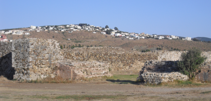 """قصبة غيلان .. أثر تاريخي يرزح في طنجة تحت """"الإهمال والنسيان"""""""