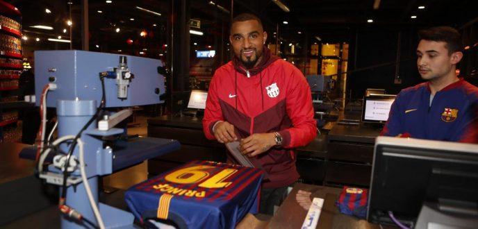 رسميًا.. نادي برشلونة يضم كيفن برينس بواتينغ
