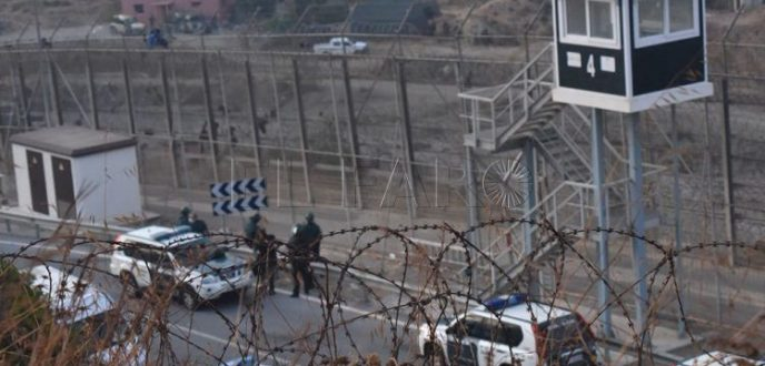 إسبانيا تحدد تاريخ إزالة الأسلاك الشائكة من حدود سبتة المحتلة
