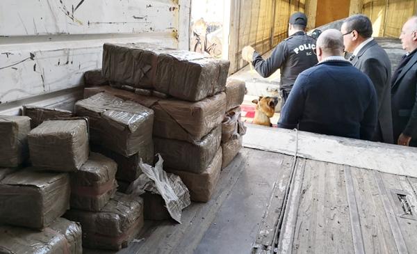 كمية المخدرات المحجوزة بطنجة بلغت 15 طنا و244 كيلوغراما من الحشيش