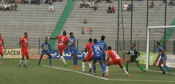 اتحاد طنجة يمني بهزيمة قاسية أمام نهضة بركان بـ(2-0)
