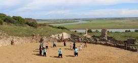 فتح أبواب موقع ليكسوس الأثري للتصوير السينمائي والوثائقي