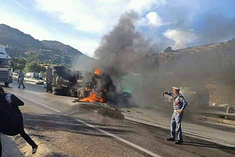 اصابة سائق شاحنة في حادثة سير بين طنجة وتطوان