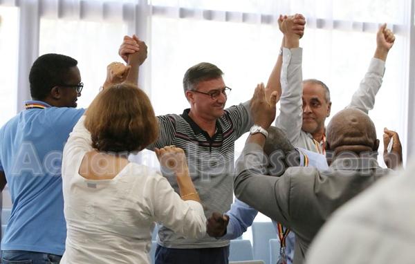 يونس مجاهد رئيسا للفيدرالية الدولية للصحافيين