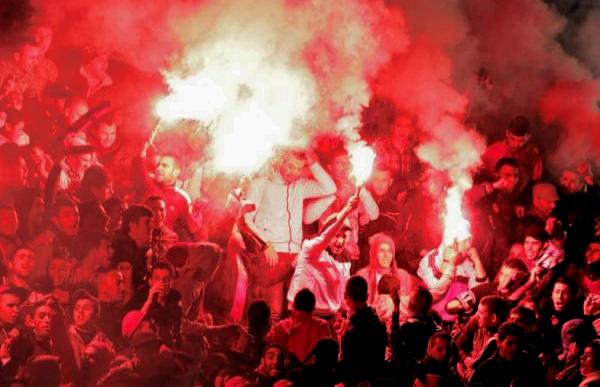 جامعة الكرة تغرم المغرب التطواني 20 ألف درهما بسبب جماهيره