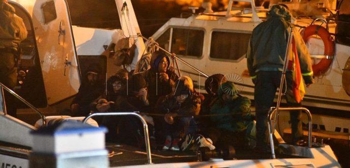 انقاد 9 مهاجرين مغاربة حاولوا الوصول الى سواحل سبتة المحتلة