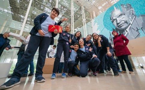 """فريق """"نيكست كيدس"""" من طنجة يحرز المرتبة الأولى في المسابقة الوطنية للروبوت"""