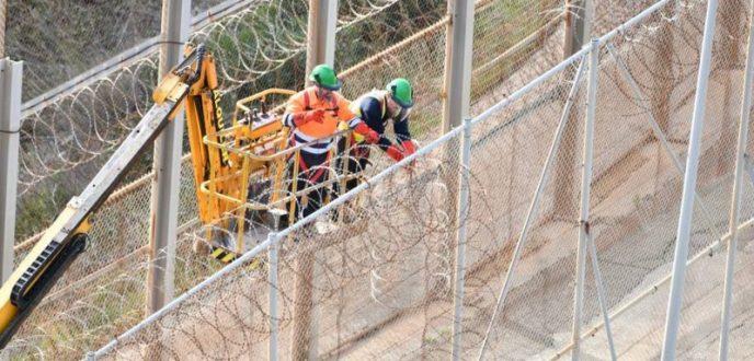 """إسبانيا تشرع في تثبيت """"الحدود الذكية"""" بسبتة ومليلية"""