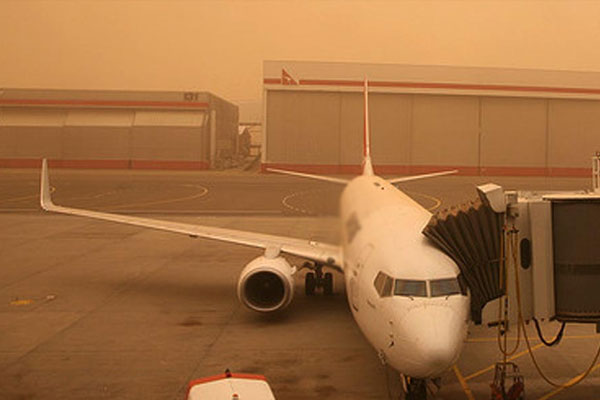 مدريد تشيد بالدعم المغربي لتجاوز حالة اضطراب حركة النقل الجوي في جزر الكناري