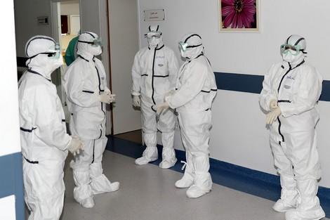 ارتفاع حالات الإصابات المؤكدة بفيروس كورونا بالمملكة إلى 479 حالة