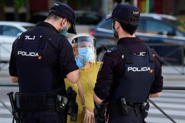 إسبانيا.. فرض أزيد من مليون عقوبة واعتقال 8442 شخص لمخالفتهم الطوارئ الصحية