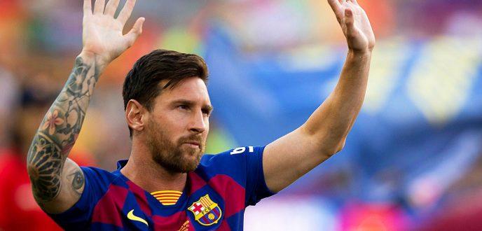 """""""ميسي"""" يعلن رسميا بقاءه مع برشلونة ويوضح أسباب طلبه الرحيل"""