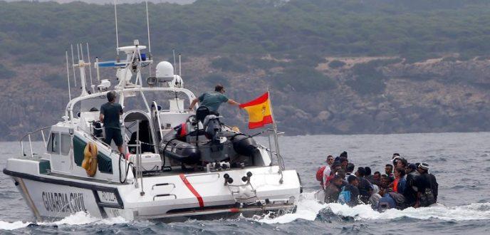 """البحرية الاسبانية تعترض """"حراكة"""" مغاربة قبالة سواحل سبتة المحتلة"""