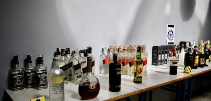 """حملة """"الأيادي النظيفة"""" بطنجة تواصل مراقبة المحلات التي تقدم المشروبات الكحولية"""