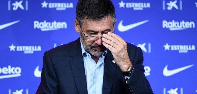 """رئيس نادي برشلونة """"جوزيب ماريا بارتوميو""""  يستقيل من منصبه"""