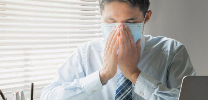 4 علامات خفيفة محتملة لفيروس كورونا لا ينبغي تجاهلها!