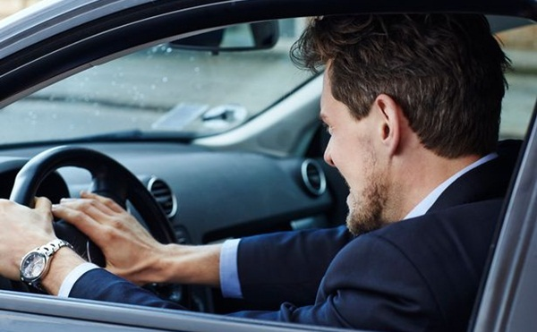 ظاهرة الغضب أثناء القيادة.. هل من مبررات؟