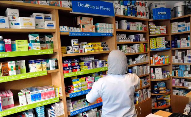 """إعادة توفير أدوية مصنعة من """"الكلوروکین و الهيدروکسيکلوروکین"""" بالصيدليات"""