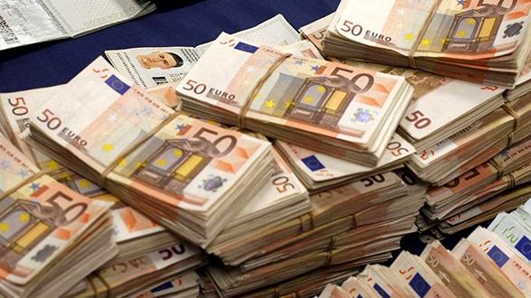 تفكيك شبكة دولية لغسيل أموال المخدرات كانت تنقل إلى المغرب عبر إسبانيا