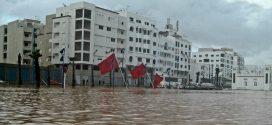 """فيضانات تطوان.. حقوقيون يحملون الجماعة و""""أمانديس"""" المسؤولية وينبهون لهشاشة البنية التحتية"""