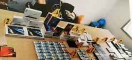 كانت تستهدف أسواق طنجة وتطوان.. توقيف متورطين في شبكة تروج الهواتف والمعدات الإلكترونية المزورة
