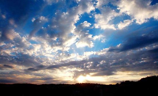 توقعات أحوال الطقس ليوم الاحد بشمال المملكة