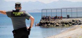 """""""ترانسبرانسي"""": الهجرة المكثفة نحو سبتة تعكس الهشاشة المزمنة التي يعيشها جزء كبير من المغاربة"""