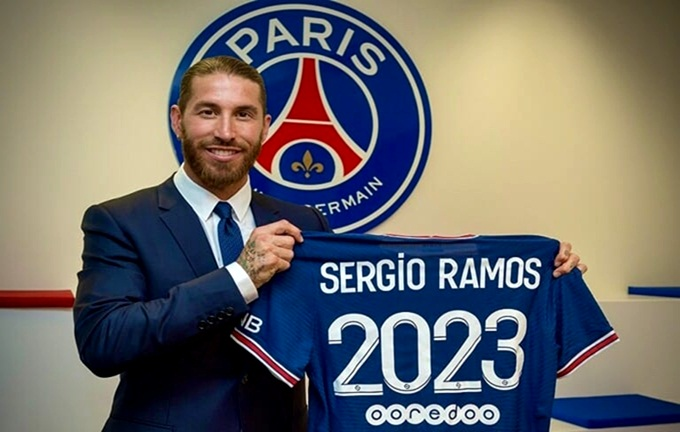"""باريس سان جيرمان يضم رسميا """"سيرجيو راموس"""" إلى صفوفه لمدة عامين"""