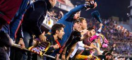 السلطات الإسبانية تسمح بعودة المشجعين للملاعب بكامل طاقتها الاستيعابية