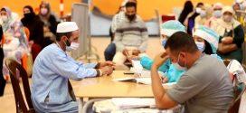 """188 إصابة جديدة بـ""""كورونا"""" ونحو 800 ألف شخص تلقوا الجرعة الثالثة من اللقاح"""