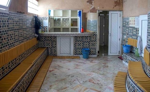 أرباب الحمامات يجددون مطالبهم بصرف دعم لهم والتراجع عن قرار الإغلاق