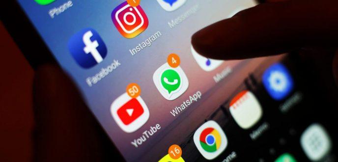 """عطل طارئ يوقف خدمات """"فايسبوك"""" و""""واتساب"""" و""""انستغرام"""" في جميع أنحاء العالم"""